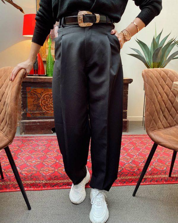 Siyah Pens Detaylı Kumaş Pantolon