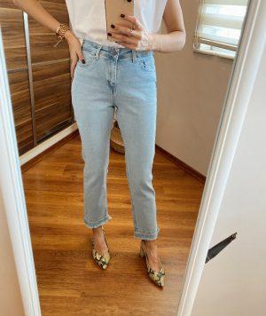 Açık Renk Boyfit Jean