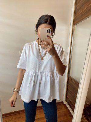 Beyaz Fırfır Detaylı Tişört