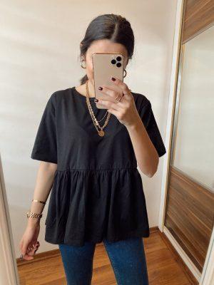 Siyah Fırfır Detaylı Tişört