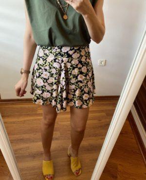 Yeşil Çiçekli Şortlu Mini Etek