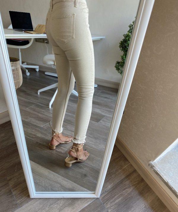 Krem Paçası Püsküllü Skinny Jean