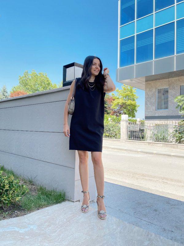 Siyah Zara Model Vatkalı Elbise