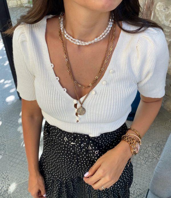 Beyaz Düğmeli Yarım Kol bluz