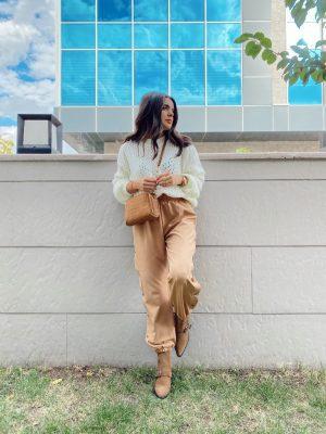Camel Paçası Lastikli Çıtçıt Detaylı Pantolon