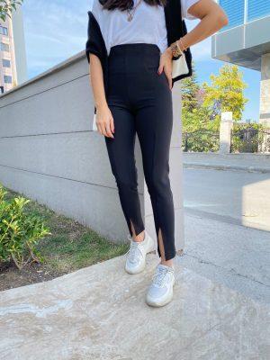Ultra Yüksek Bel Yırtmaçlı Siyah Pantolon